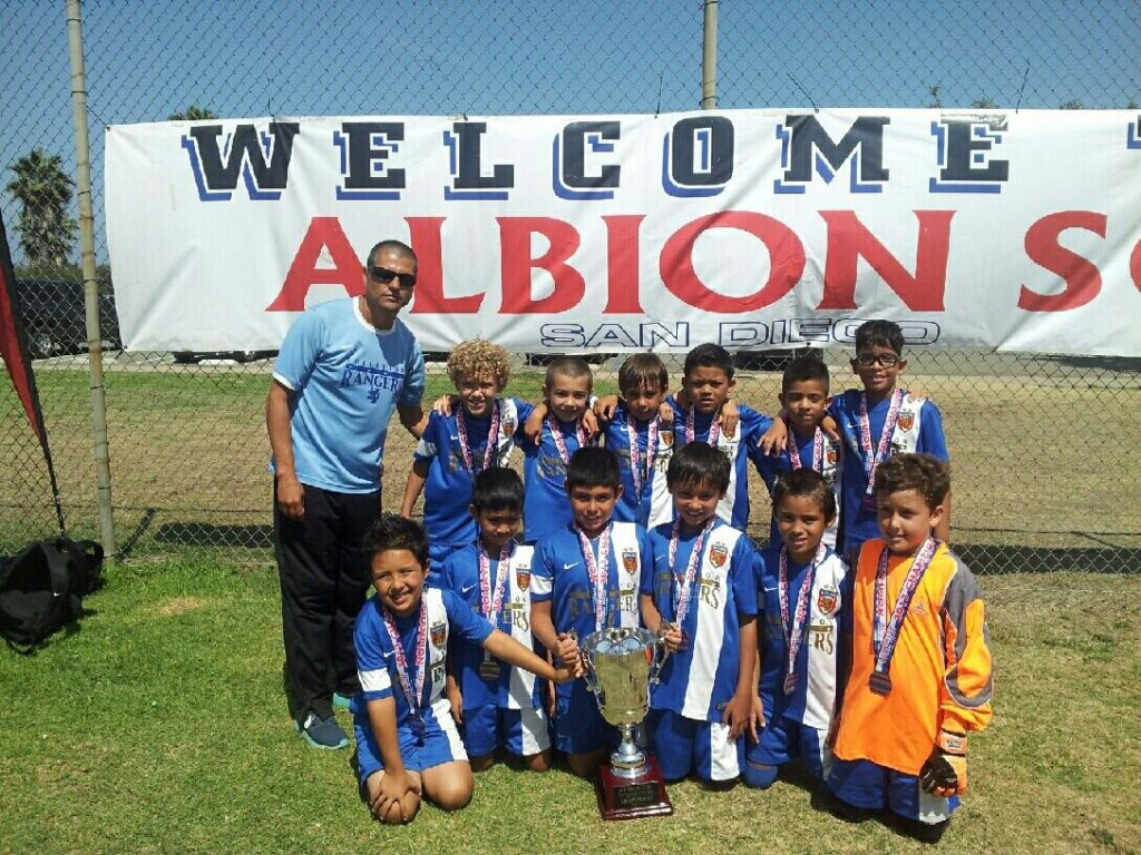 B04 Blue Win Albion Cup