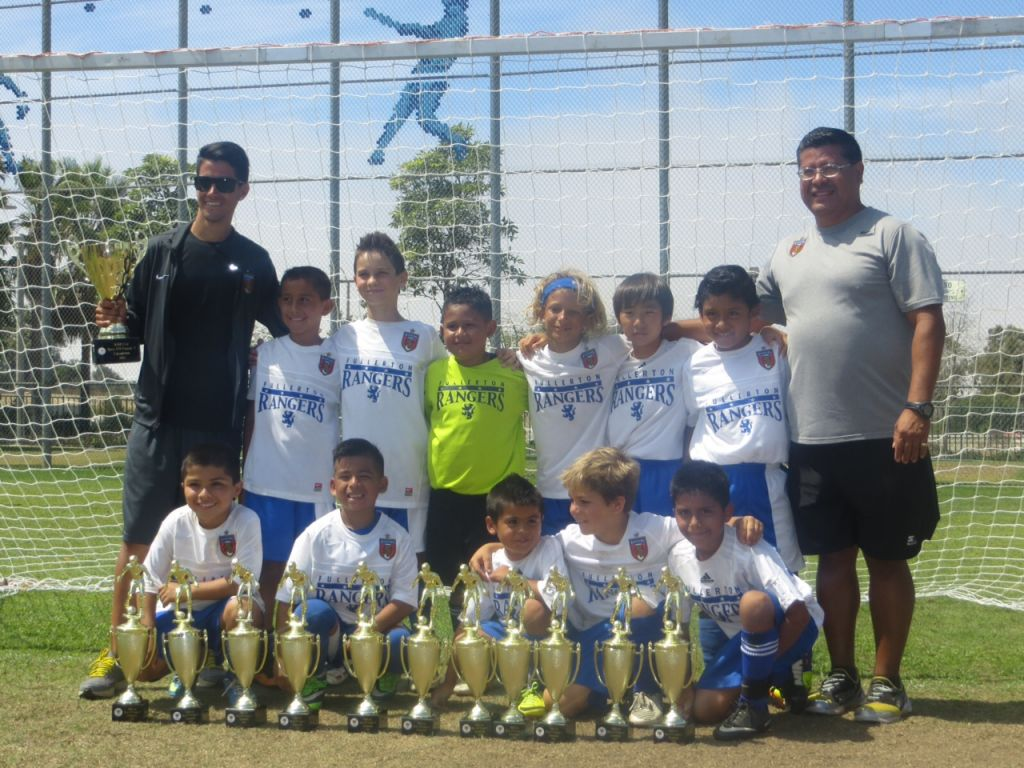 B04 White Win NHB Cup 2013!